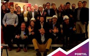Η ελληνική-κυπριακή startup επιχείρηση VesselBot επιλέχθηκε ανάμεσα σε 1700 εταιρείες από όλο τον κόσμο από το PortXL, ένα Ολλανδικό πρόγραμμα επιτάχυνσης ανάπτυξης επιχειρήσεων (accelerator) με έδρα το λιμάνι του Ρότερνταμ.  Το PortXL είναι το πρώτο acceleration program για tech startups τα οποία δραστηριοποιούνται σε σχετικές αγορές αλλά και στην ίδια την αγορά της ναυτιλίας. Ο θεσμός ξεκίνησε από το λιμάνι του Ρότερνταμ με την πλήρη στήριξη των εταιρειών Van Oord, Vopak, Boskalis, Damen, Heineken, Rabobank, και EY.  Στις 7 & 8 Μαρτίου 2016, κατά τη διάρκεια των ημερών της τελικής επιλογής, 19 startups από όλο τον κόσμο παρουσίασαν τις εταιρίες τους σε κοινό άνω των 160 μεντόρων, επενδυτών και experts της αγοράς. Τα 12 καλύτερα επιλέχτηκαν για το acceleration πρόγραμμα του PortXL, μεταξύ των οποίων και το ελληνικό-κυπριακό ship-chartering marketplace, VesselBot.  Οι μέντορες του PortXL θα εκπαιδεύσουν την Ελληνοκυπριακή εταιρία για τρεις μήνες γύρω από θέματα που έχουν να κάνουν με οικονομικά, business model innovation, business development και ethics. Αυτή η επαγγελματική υποστήριξη, θα βοηθήσει το VesselBot να οδηγηθεί στη βέλτιστη ανάπτυξη του.  Στις 30 Ιουνίου το VesselBot θα παρουσιάσει την πρόοδο του σε ένα κοινό άνω των 1.000 ατόμων. Δημοσιογράφοι, συνεργάτες και επενδυτές θα γιορτάσουν μαζί τους την ολοκλήρωση του προγράμματος ελπίζοντας πως θα οδηγήσουν την επιχείρηση στο επόμενο στάδιο!  Το VesselBot είναι μια καινοτόμος διαδικτυακή πλατφόρμα ναύλωσης πλοίων εμπορικής ναυτιλίας. Παρέχεται με τη μορφή SaaS (Software as a service) προσφέροντας τόσο στους Ναυλωτές όσο και στους Ιδιοκτήτες πλοίων στρατηγικά, λειτουργικά και οικονομικά οφέλη.  Με τη χρήση της τεχνολογίας επιτυγχάνει σημαντική μείωση των απαιτούμενων πόρων καθώς επίσης και του κόστους διαμεσολάβησης κατά τη διαδικασία ναύλωσης, ενώ παράλληλα επιτυγχάνει τη λήψη στρατηγικών αποφάσεων μέσα από δεδομένα με σαφώς πιο αποτελεσματικό τρόπο σε σχέση με τον παραδοσιακό τρόπο που λειτουργεί σήμερα η αγ